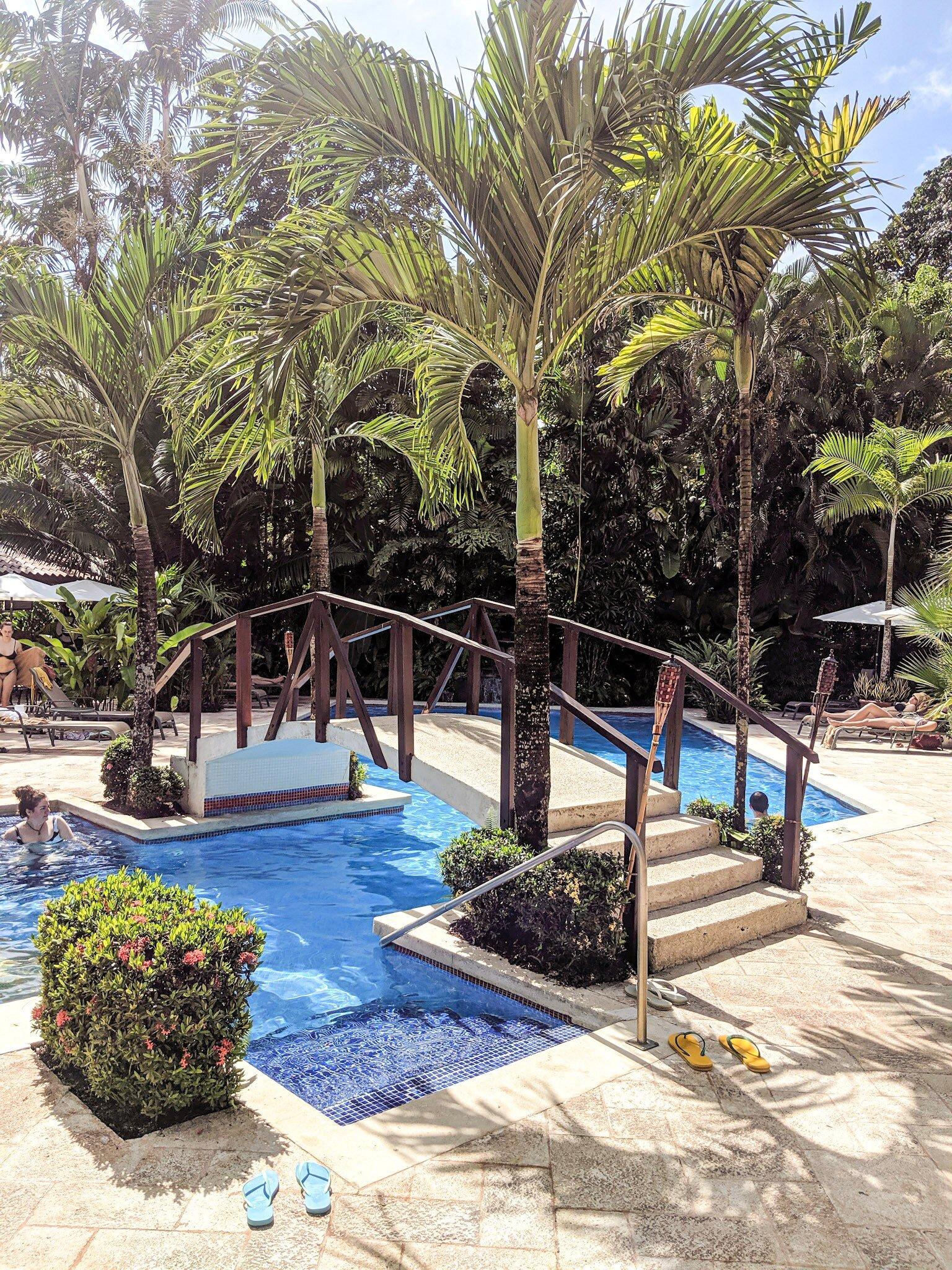 The pool at    Mawamba Lodge
