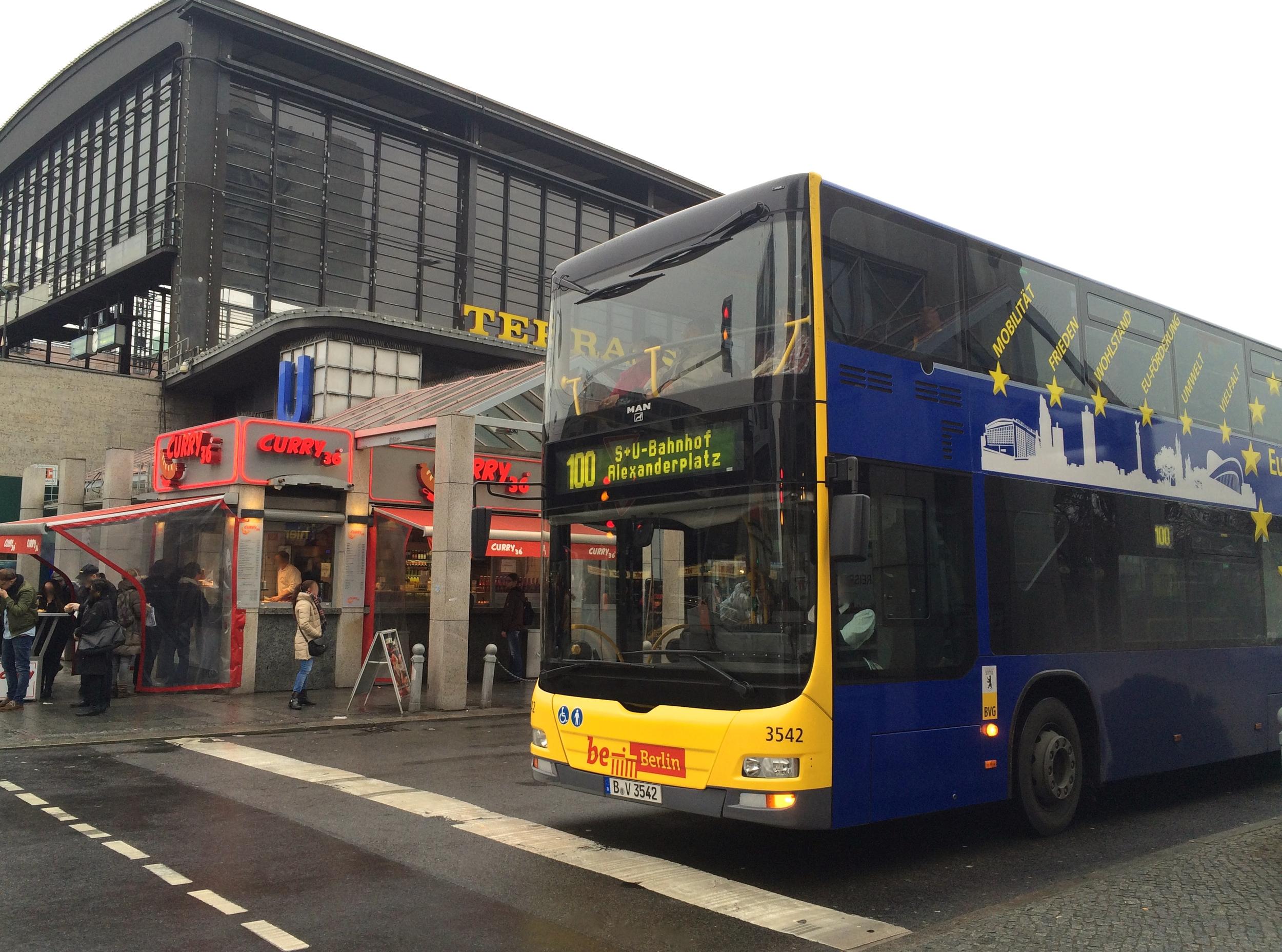 Bus 100 Berlin Image © Melinda Barlow
