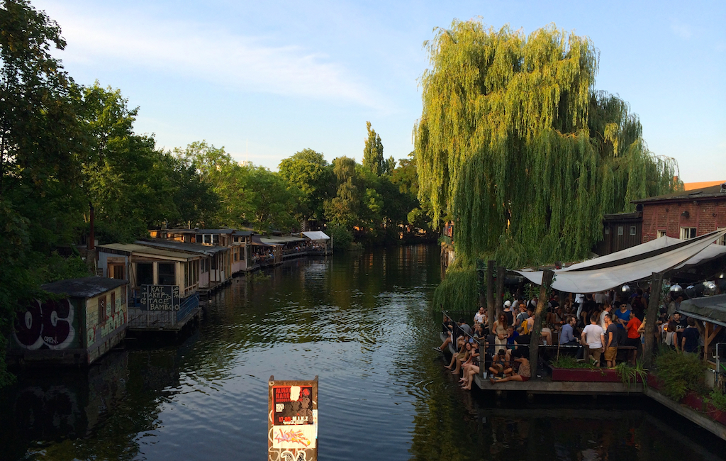 Music and Food by the canal in Kreuzberg