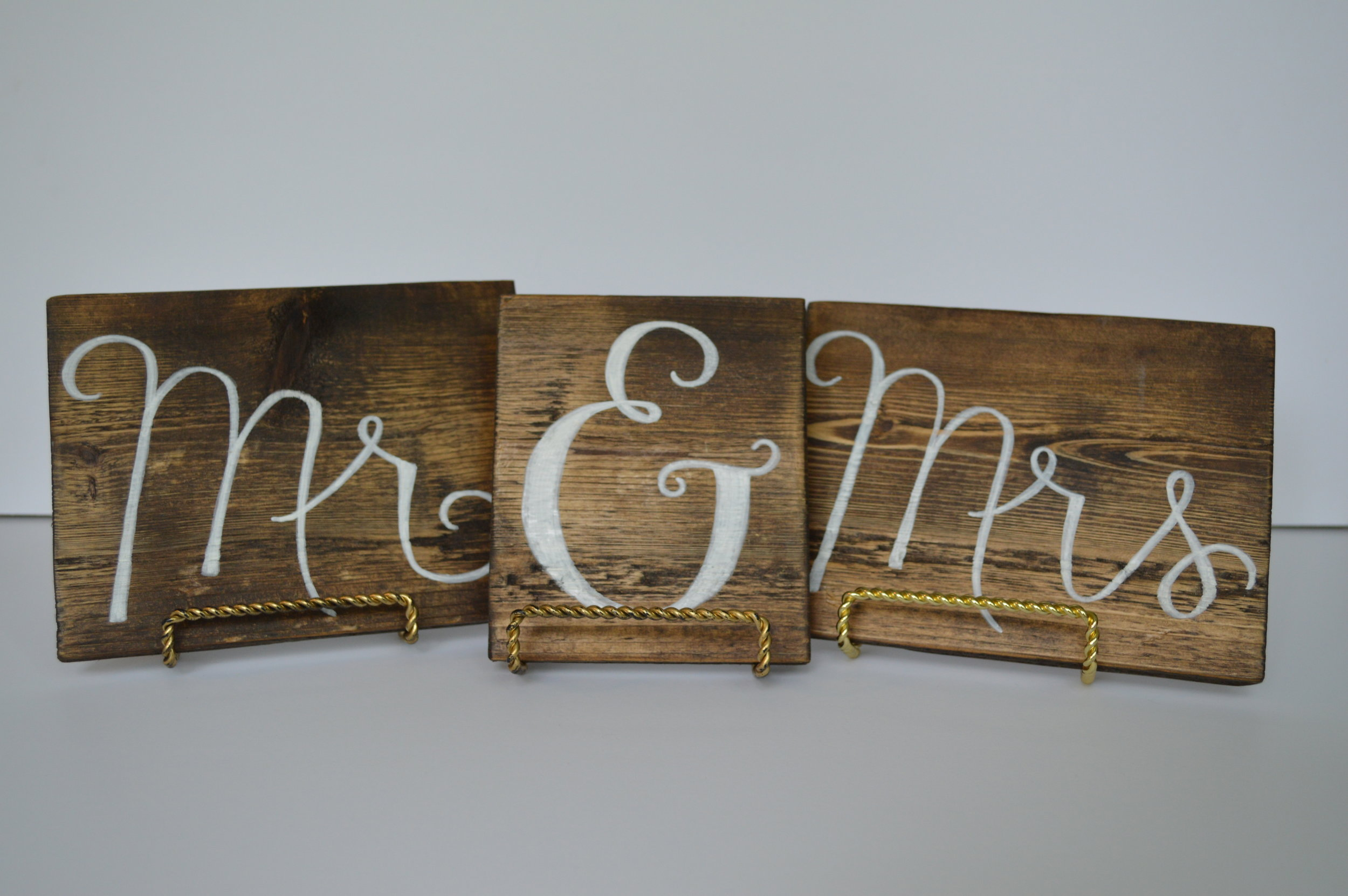 MR & MRS Wood Sign  three pieces with gold stand holders. 5.5 in x 19 in across total length >>$3.00 set<<<