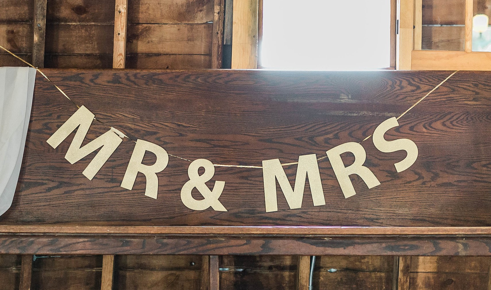 MR&MRS Gold Sign  length measures approx. 4 feet individual letters approx. 8 inches high >>>$5.00<<<