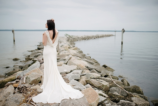 coastal-romantic-bridal-virginia-wedding-ideas-00004.jpg