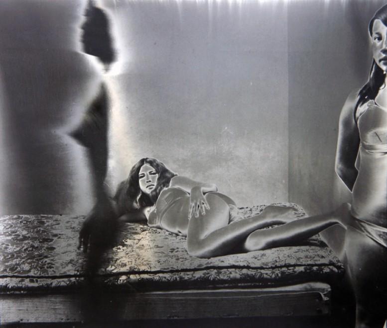 Burning_Camera_Fernell_Francos_Prostitutes-777x660.jpg