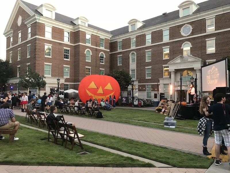 The Great Crumpkin brings Halloween style to campus , October 24, 2017