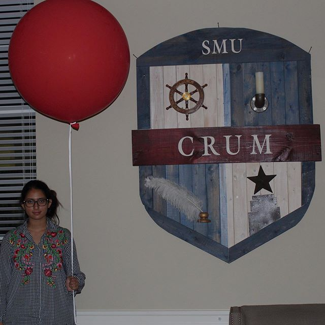 Crum is getting all spooky in anticipation of IT: Chapter 2 at the Angelika! Head on down to the lobby at 6:30 this Friday to attend the free screening together!