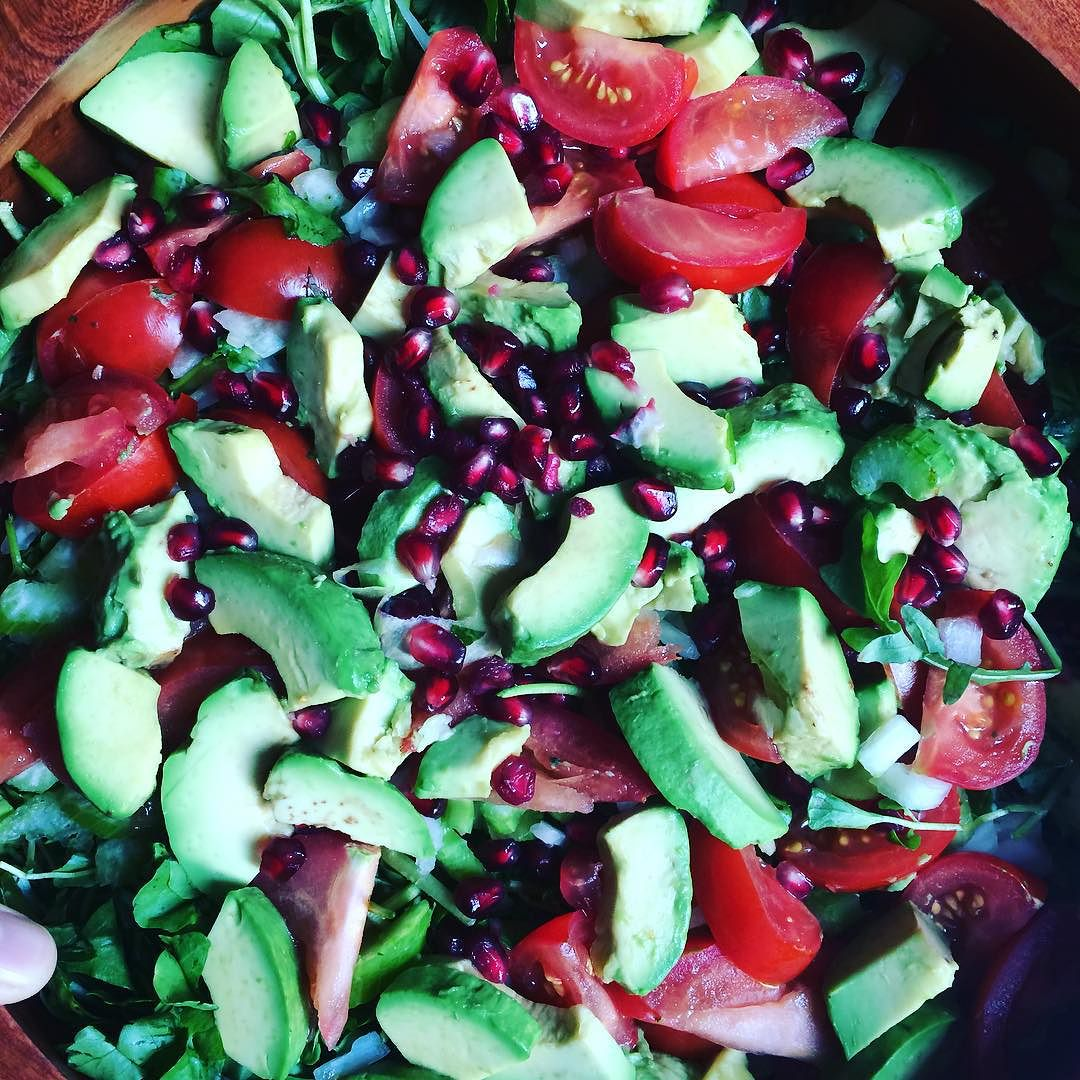 #Thanksgiving continues. You hear it all the time: eat the colors of the rainbow. The #antioxidant power of veggies and fruit is found in the #pigment. Do it. Eat it :) #bushwick #bushwicknutrition #lazynutrition #lazynutritionist #salad #pomegranate  http://ift.tt/1HqsZWJ