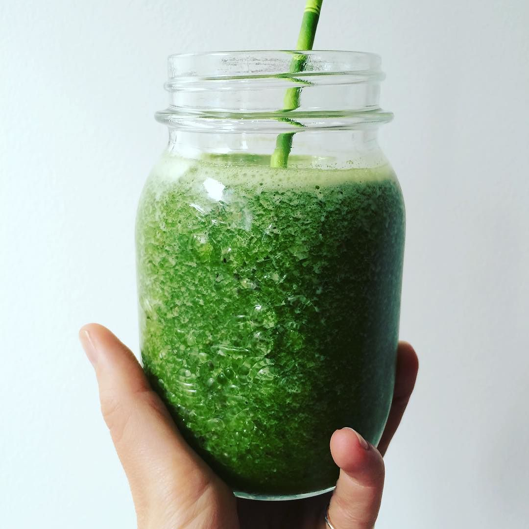 This is what happens with my #leftover #arugula. It becomes a delicious #smoothie. Combine arugula with water (or other unsweetened liquid of your choice). Blend first. Add a #kiwi, a #lime (with the rind and all), and about ½ cup of #pineapple. Blend again. Add #chia seeds. No sweetener needed. Yum. #greensmoothie #lazynutritionist #lazynutrition #bushwick #bushwicknutrition #happysaturday  http://ift.tt/1SzvCXm