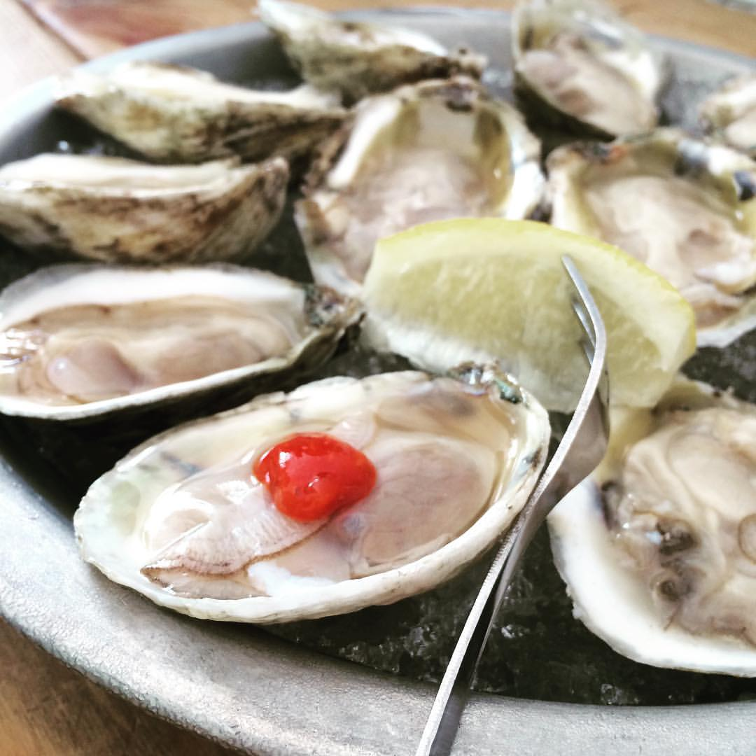 I have officially become an #oyster person. I feel part of a cool club! Oysters are one of the most nutritious foods per calorie. They are an excellent source of #zinc, #vitaminD, #vitaminB12, #protein (1 gram per oyster) and #healthyfats—specifically omega-3 fatty acids. A half dozen is about 50 calories (very #lowcalorie). They are also highly #sustainable since they clean, benefit, and support the environment in which they grow. #awesomefood #oysterlove #bushwicknutrition #bushwick #lazynutrition #lazynutritionist