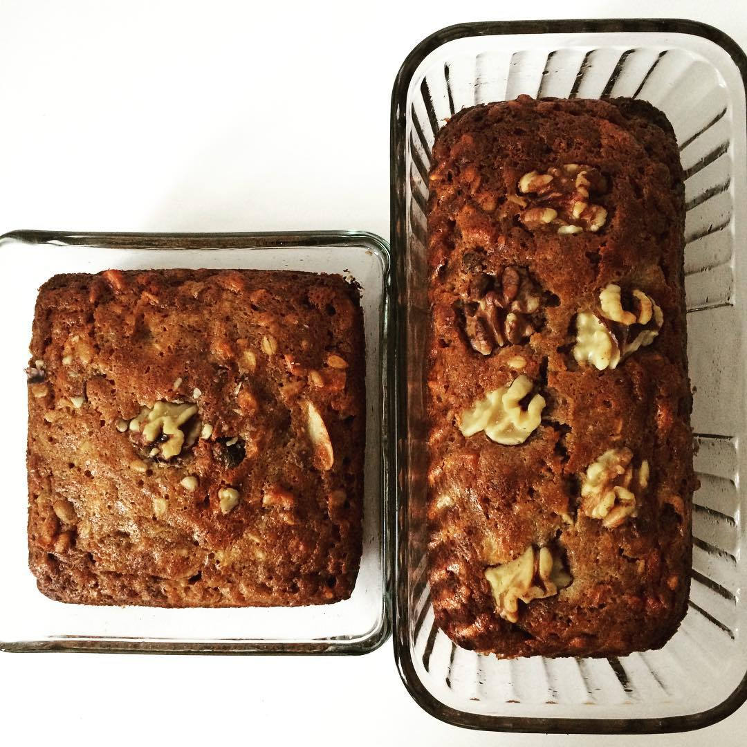 #OneBowl #BananaNutBread. I love this recipe because there's very little mess to clean up :) and of course, it's delicious and more nutritious than most sweet breads! It also has tons of #fiber and veggie #omega3s.    Dry ingredients: 1 cup whole wheat flour, ½ cup #oats, ½ cup #walnuts, ¾ tsp baking soda, and ¼ cup of dry fruit (in this case, #raisins, #cranberry, and #ginger).   Wet ingredients: ½ cup #coconutoil, 1/3 cup maple syrup or #Agave, 2 tsp vanilla extract, 2 eggs, and 2-3 VERY RIPE #bananas (super important! It allows you to use less added sugar).    1) Preheat oven to 375 degrees.  2)Combine wet ingredients in large bowl, adding bananas last.   3) Then add dry ingredients to the SAME BOWL one by one, starting with the flour.   4) Pour into loaf pan greased with coconut oil and garnish with a few walnuts (or other).  5) Bake for 40 minutes. NOTE: I made two smaller ones- one for my hubby and one for book club- so I baked it for 30-35 mins instead.  #bushwick #bushwicknutrition #lazynutrition #lazynutritionist #banana #bananabread #nutbread  #yum
