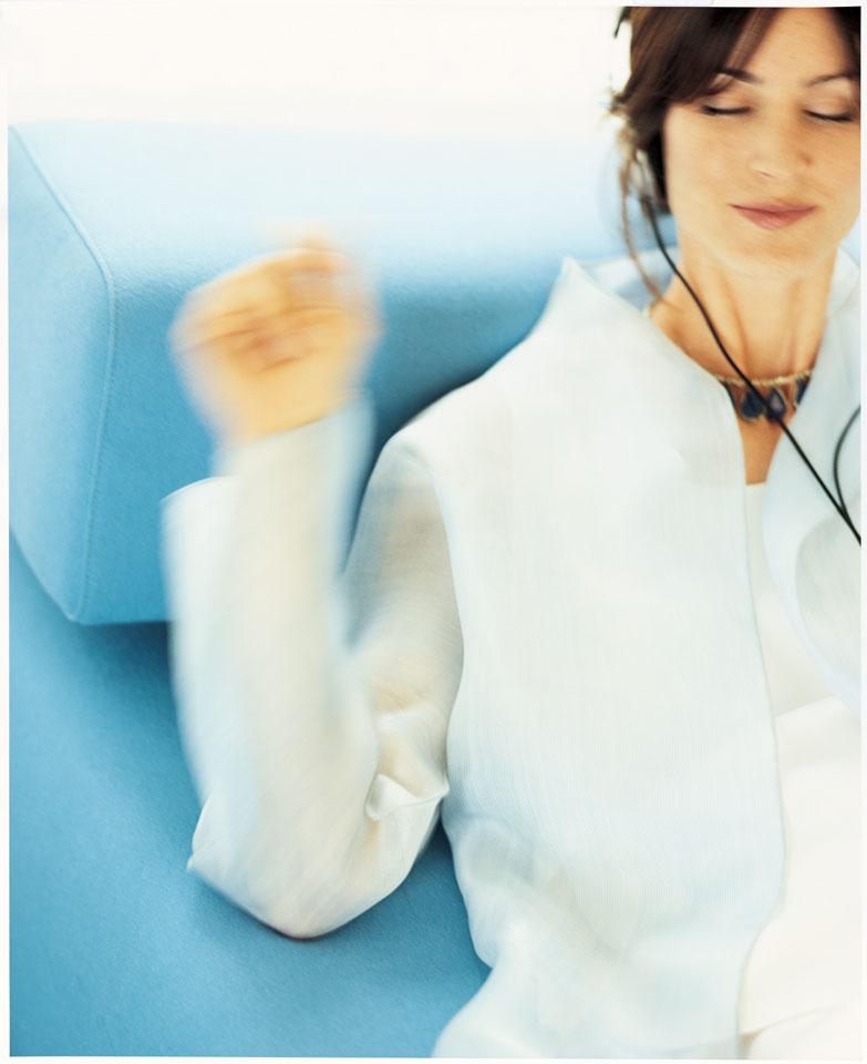 MS03-Audio-Woman.jpg