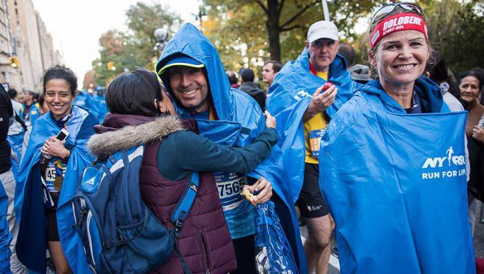 new york marathon poncho tcsnycmarathon.jpg