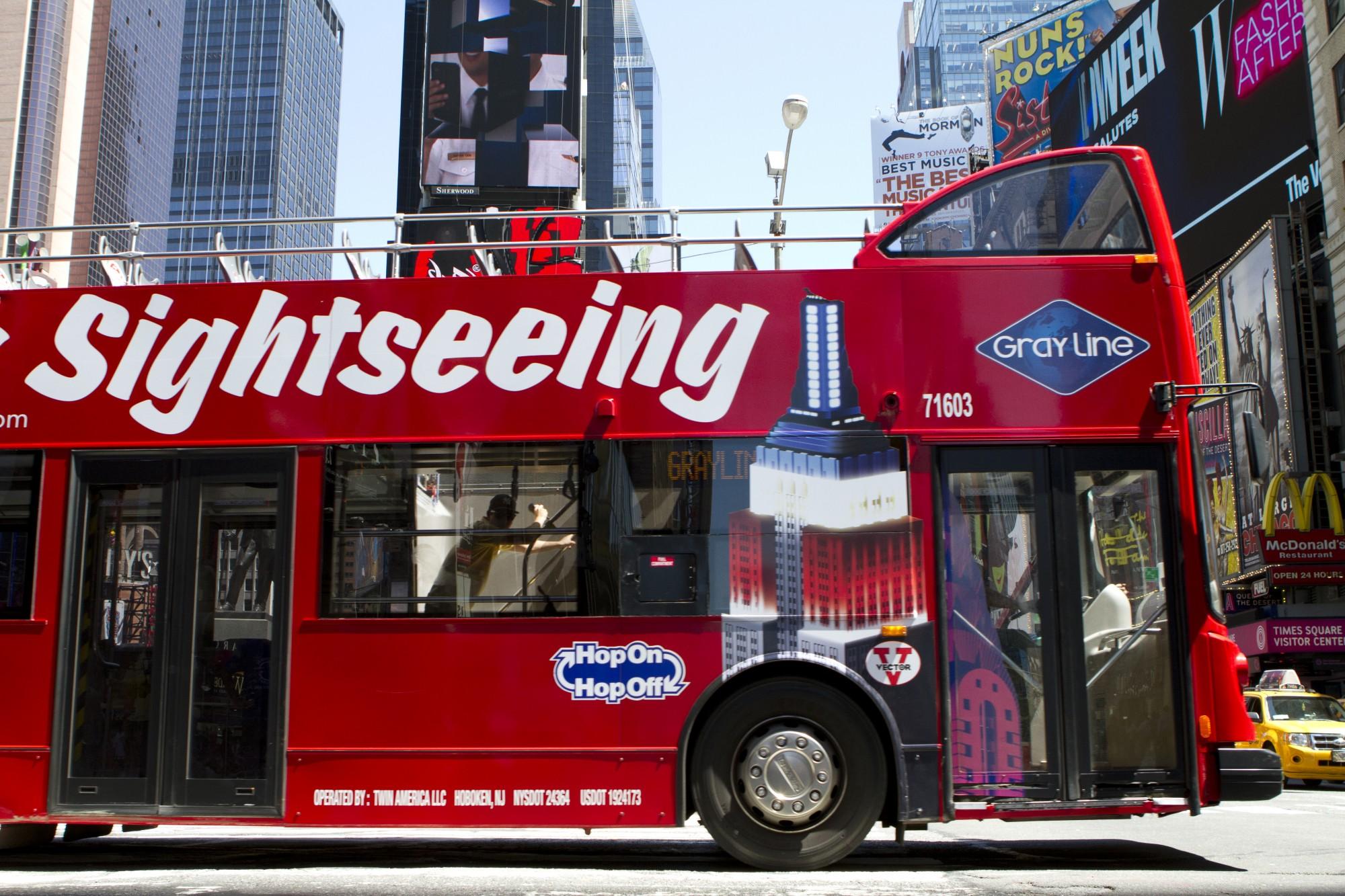 double decker bus.jpg