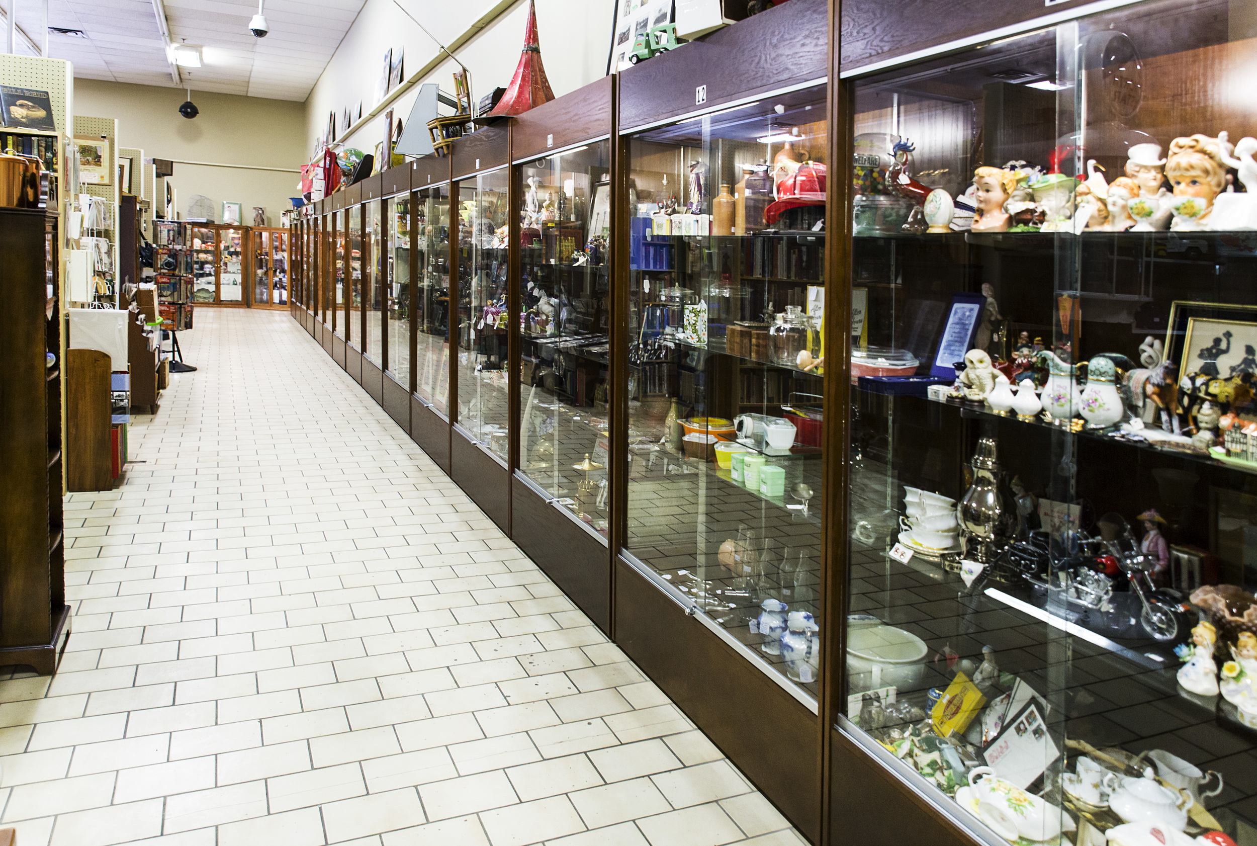 Antique Toys and Collectables