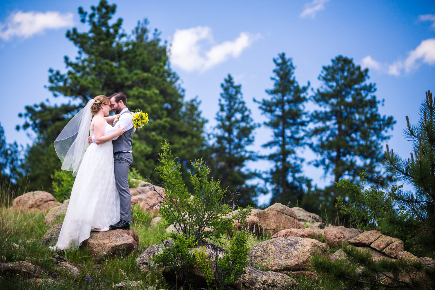 Deer Creek Valley Ranch Wedding photographed by JMGant Photography.