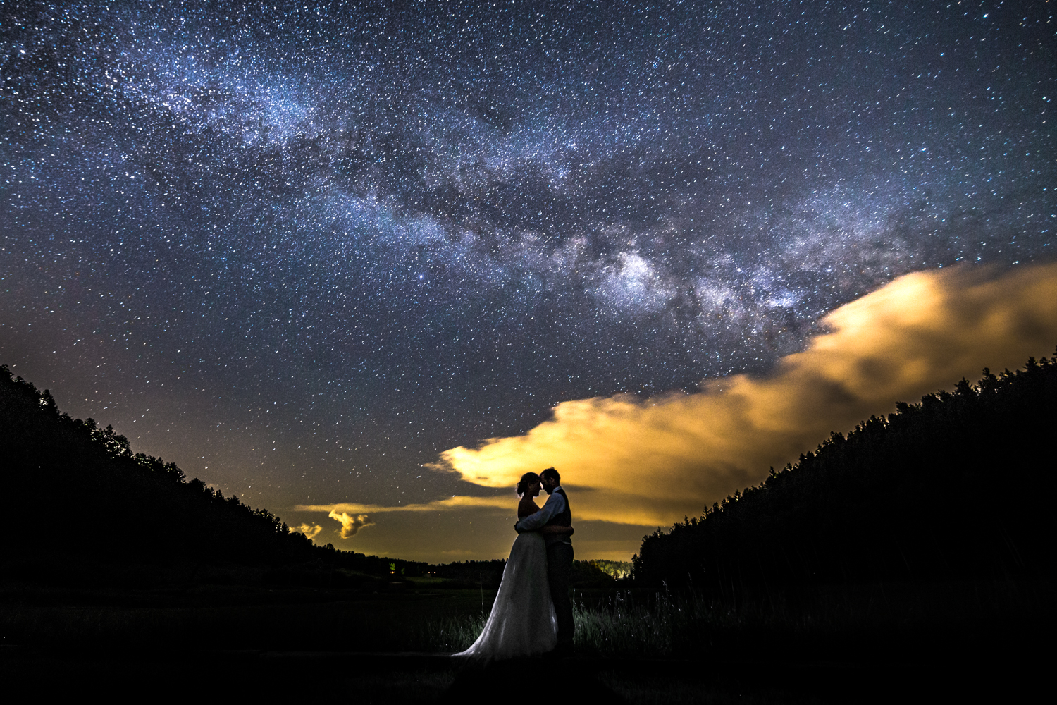Milky way wedding pictures at Deer Creek Valley Ranch Wedding. Photographed by JMGant Photography.