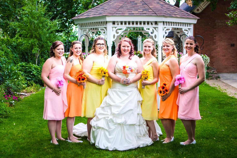 Bridesmaids.Photographed by JMGant Photography.