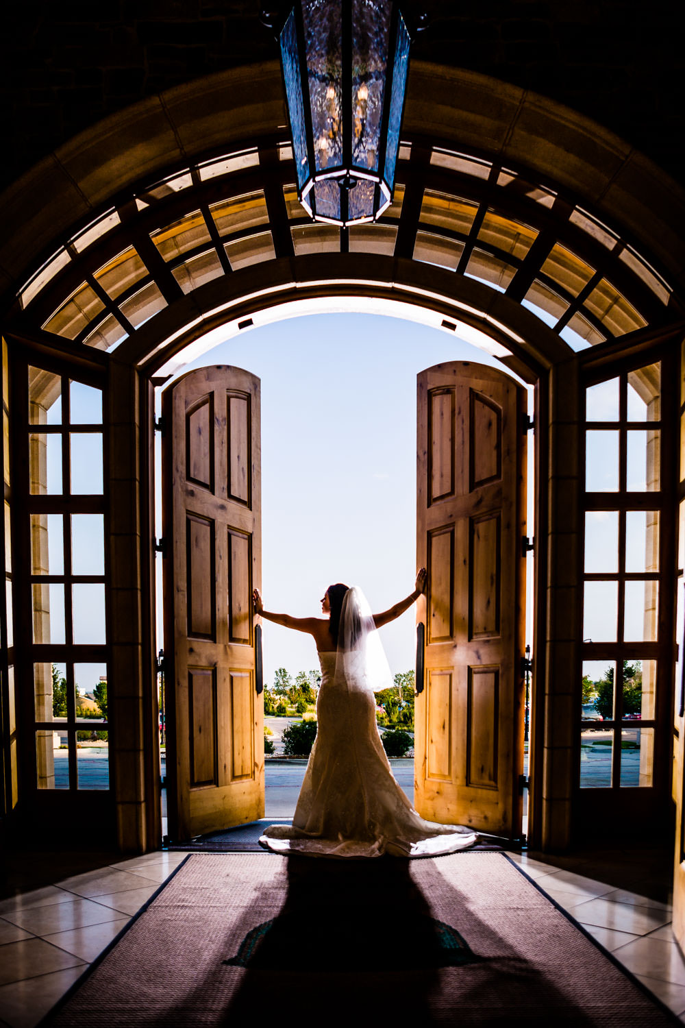 Blackstone Country Club wedding by JMGant Photography. I absolutely LOVE the front door of this place!