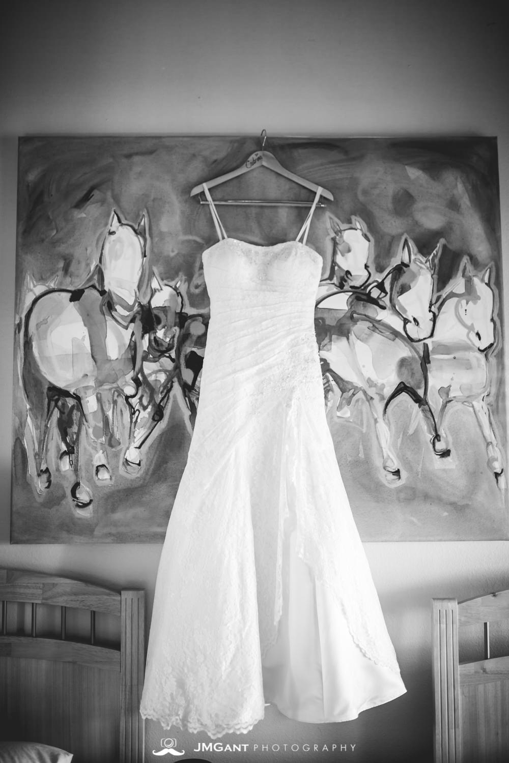 Vail Colorado Wedding | Dress, rings, and other details | Colorado wedding photographer | © JMGant Photography | http://www.jmgantphotography.com/