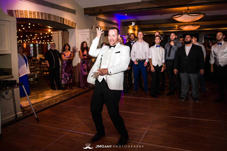 Vail Colorado Wedding | Garter toss | Colorado wedding photographer | © JMGant Photography | http://www.jmgantphotography.com/