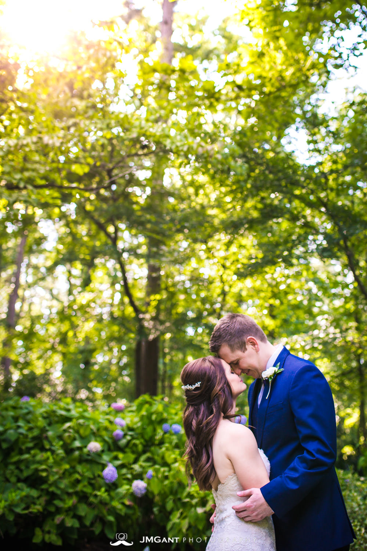 Anthony Chapel Wedding | bride and groom | Hot Springs Arkansas Wedding photographer | © JMGant Photography | http://www.jmgantphotography.com/