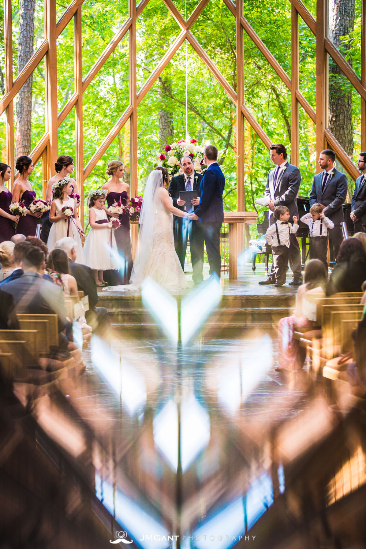 Anthony Chapel Wedding | Ceremony | Hot Springs Arkansas Wedding photographer | © JMGant Photography | http://www.jmgantphotography.com/