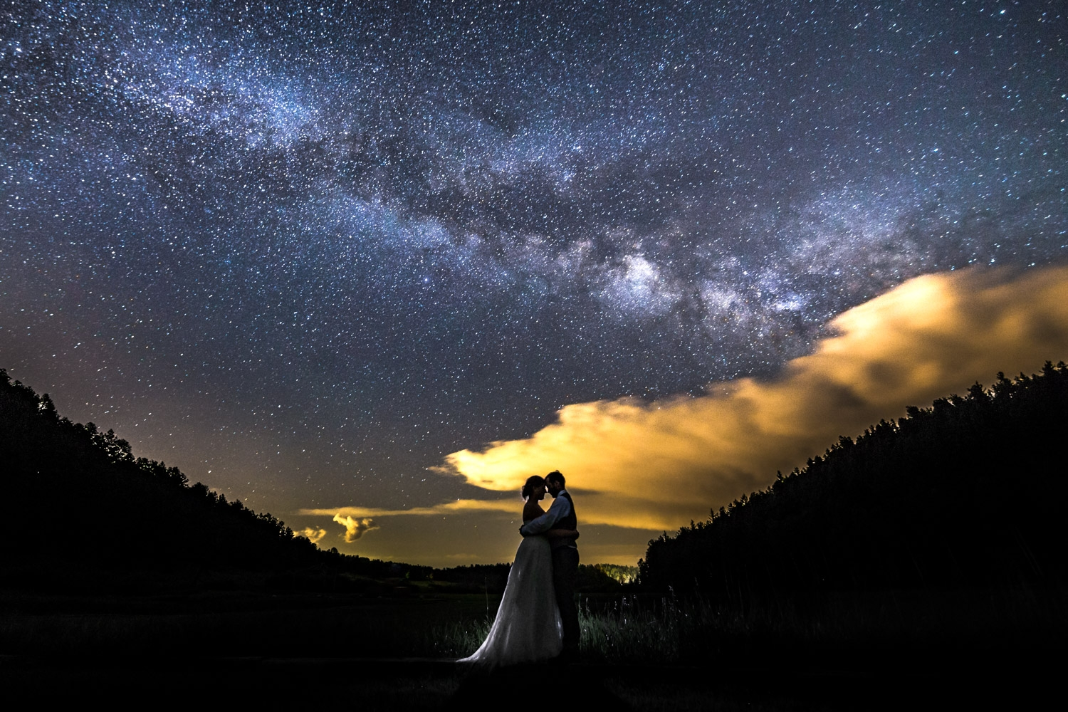 Astro picture, milk way, bride and groom, wedding portrait by JMGant Photography.