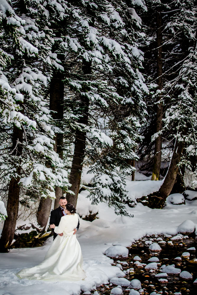 The Arrabelle at Vail Square wedding by Vail Colorado wedding photographer | JMGant Photography