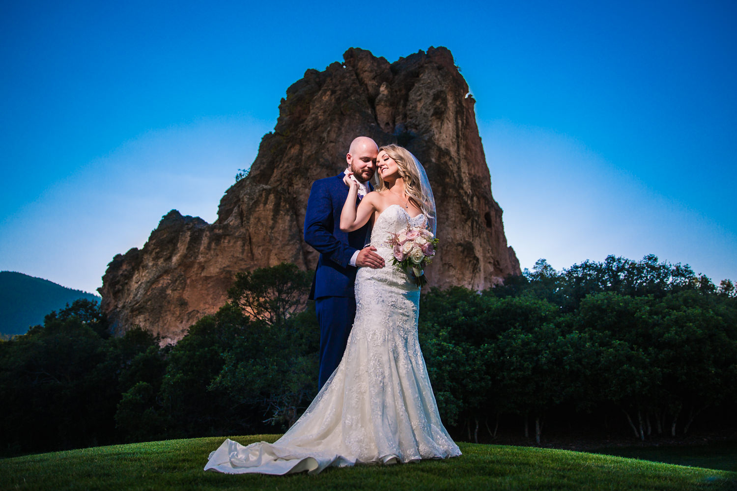 Perry Park Country Club Wedding | Larkspur Colorado wedding photographer | © JMGant Photography