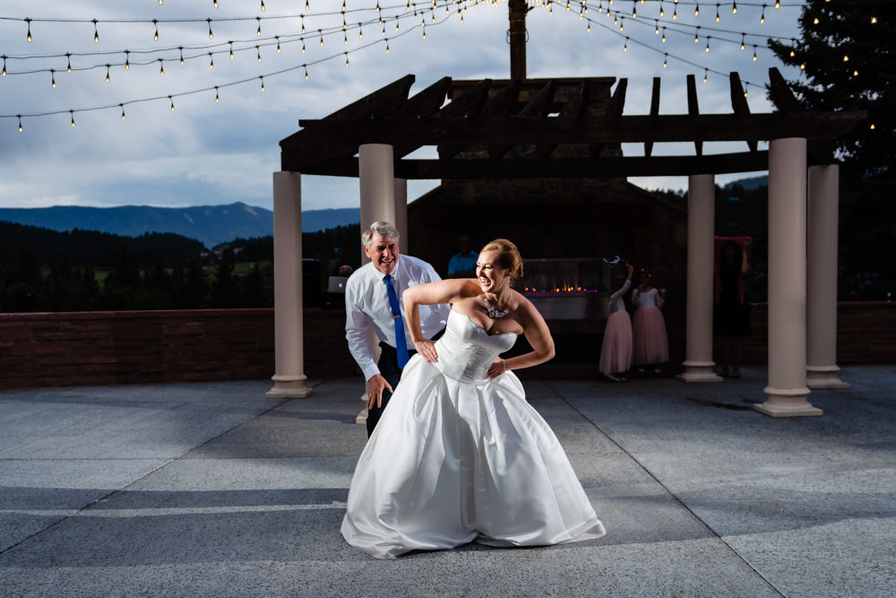 Homestead at Deer Creek Valley Ranch wedding by Colorado photographer, JMGant Photography