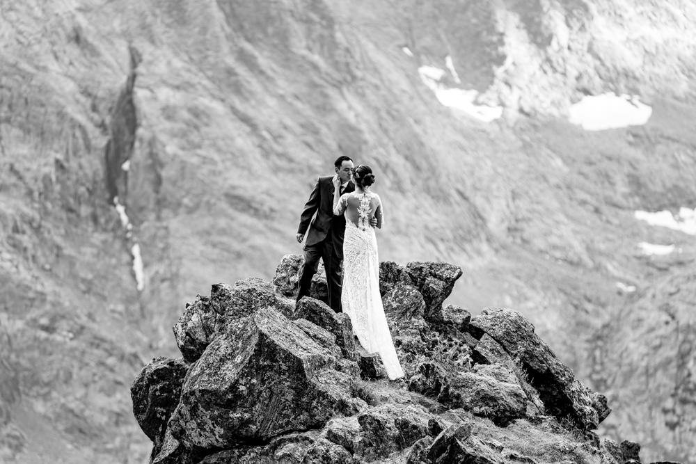 6-Estes Park's Black Canyon Inn wedding photographer.jpg