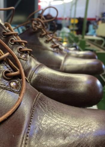 Cydwoq Classic Handmade Shoes
