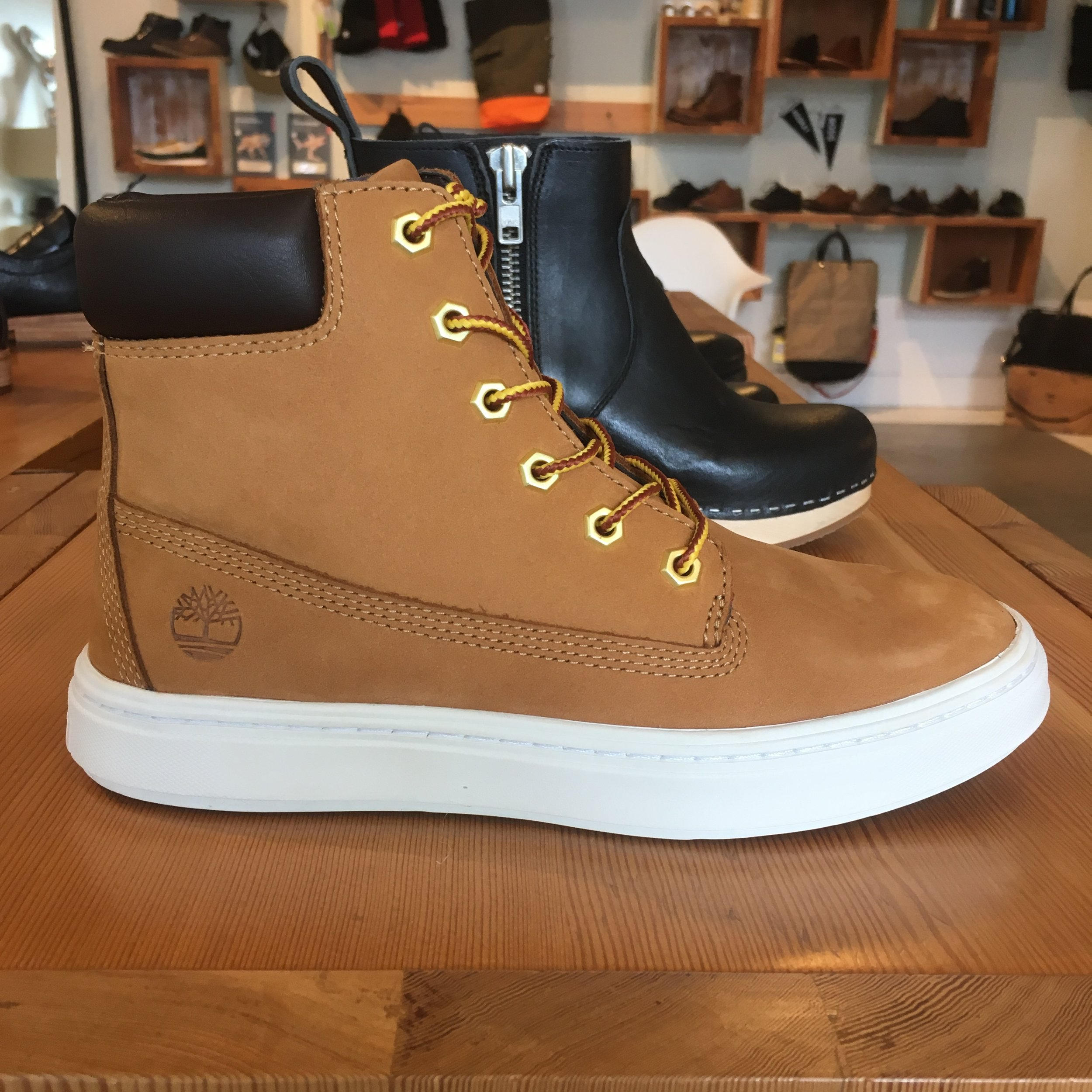 Timberland Londyn Laceups, in nubuck (classic!), $110.00