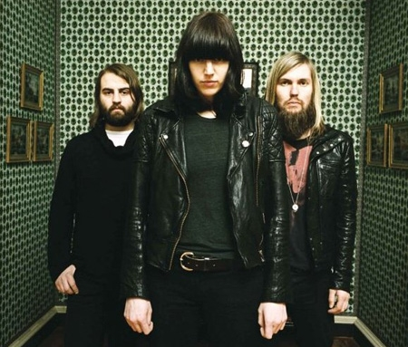 Band of Skulls … magpie spotters