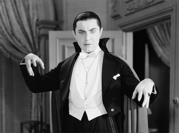 Bela Lugosi: I never play without my cape