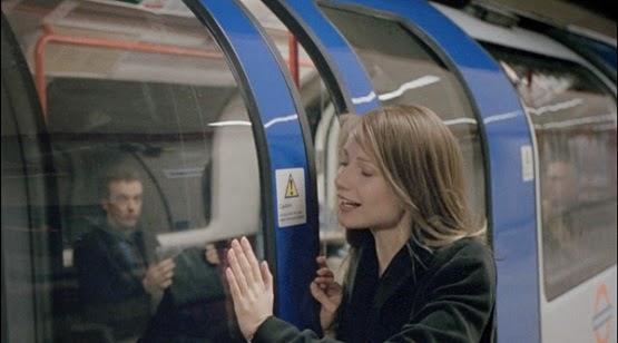 Sliding Doors. Mind the gap, Gwyneth …