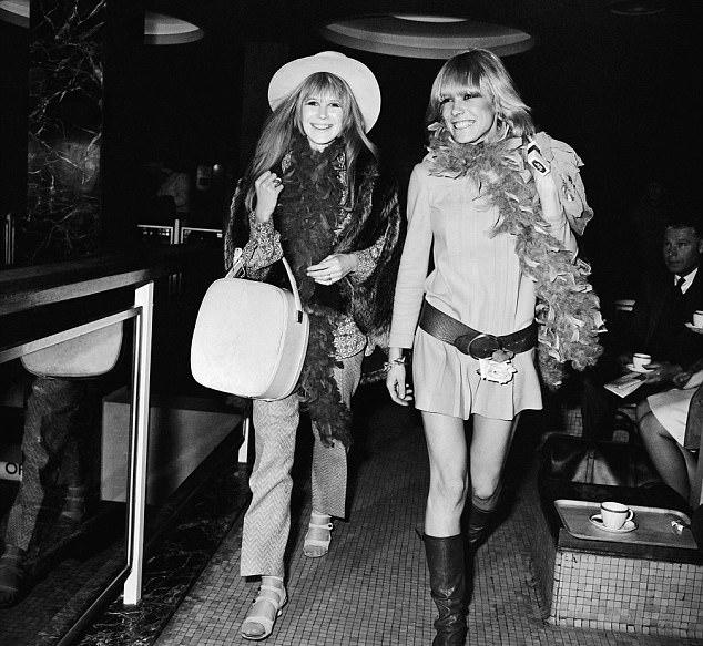 Bag ladies: Anita and Marianne