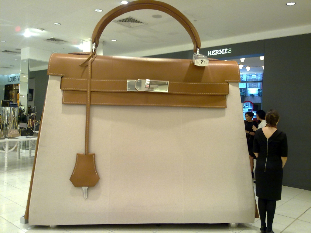A handbag?! Carry that weight …