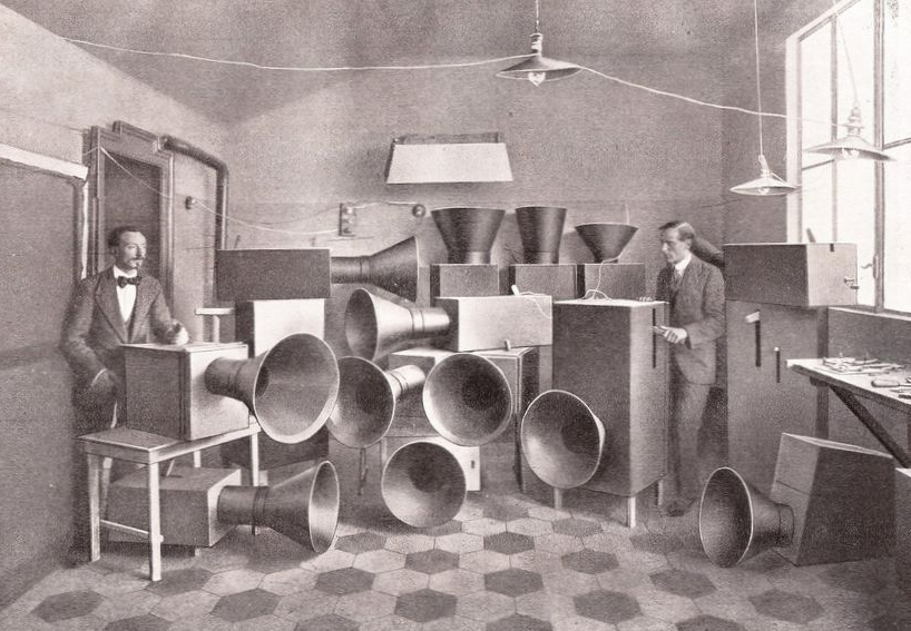 Let's make some noise for Luigi Russolo