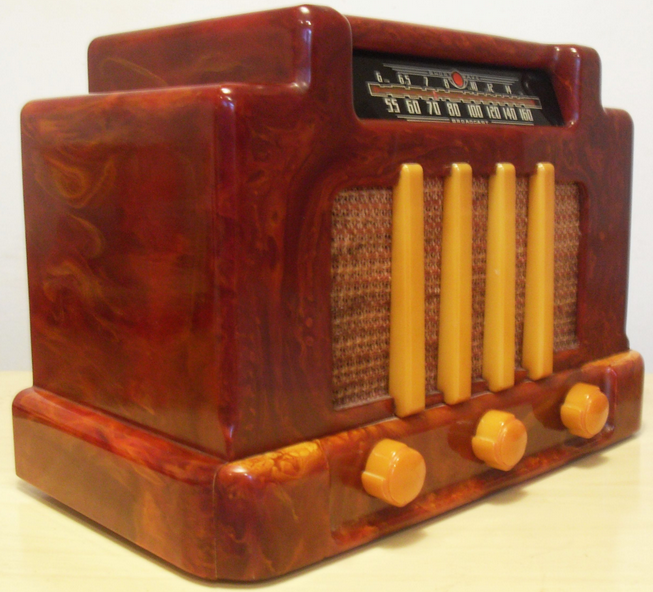Tune in: early bakelite radio