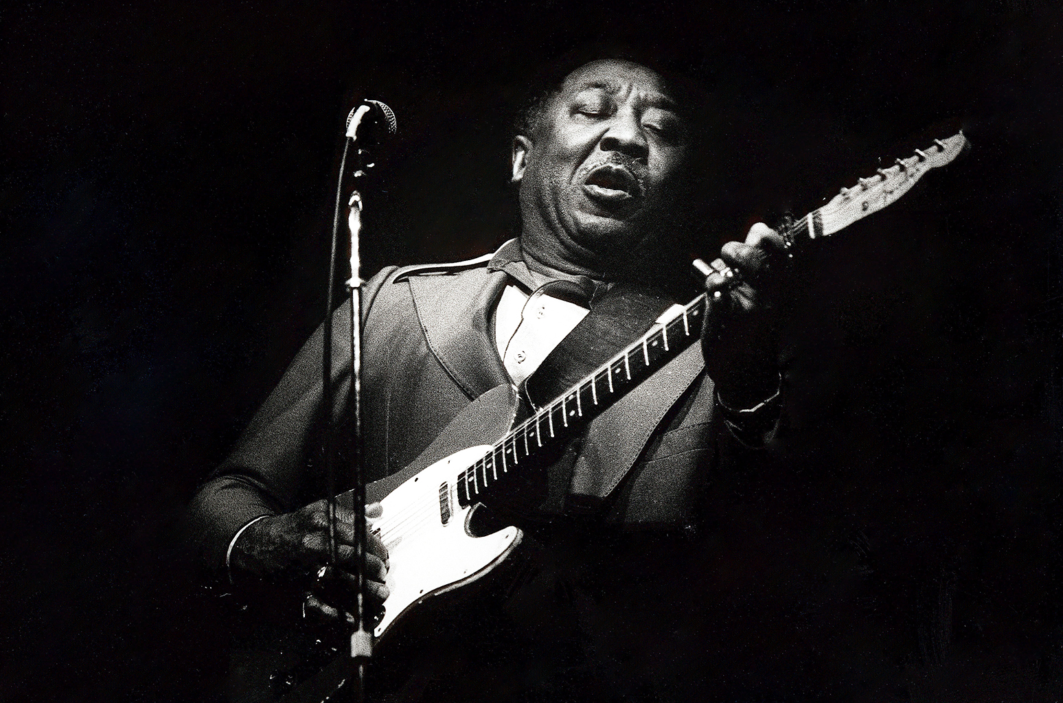 Big influencer Muddy Waters. But what's original? That's another topic of murky waters