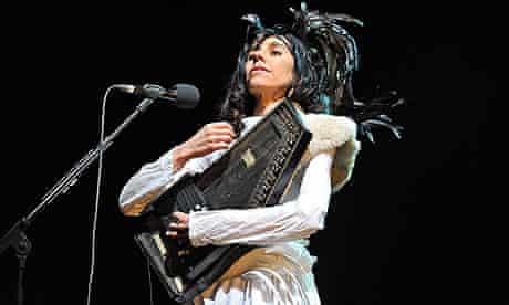 PJ Harvey on autoharp (not a harp, but a zither)