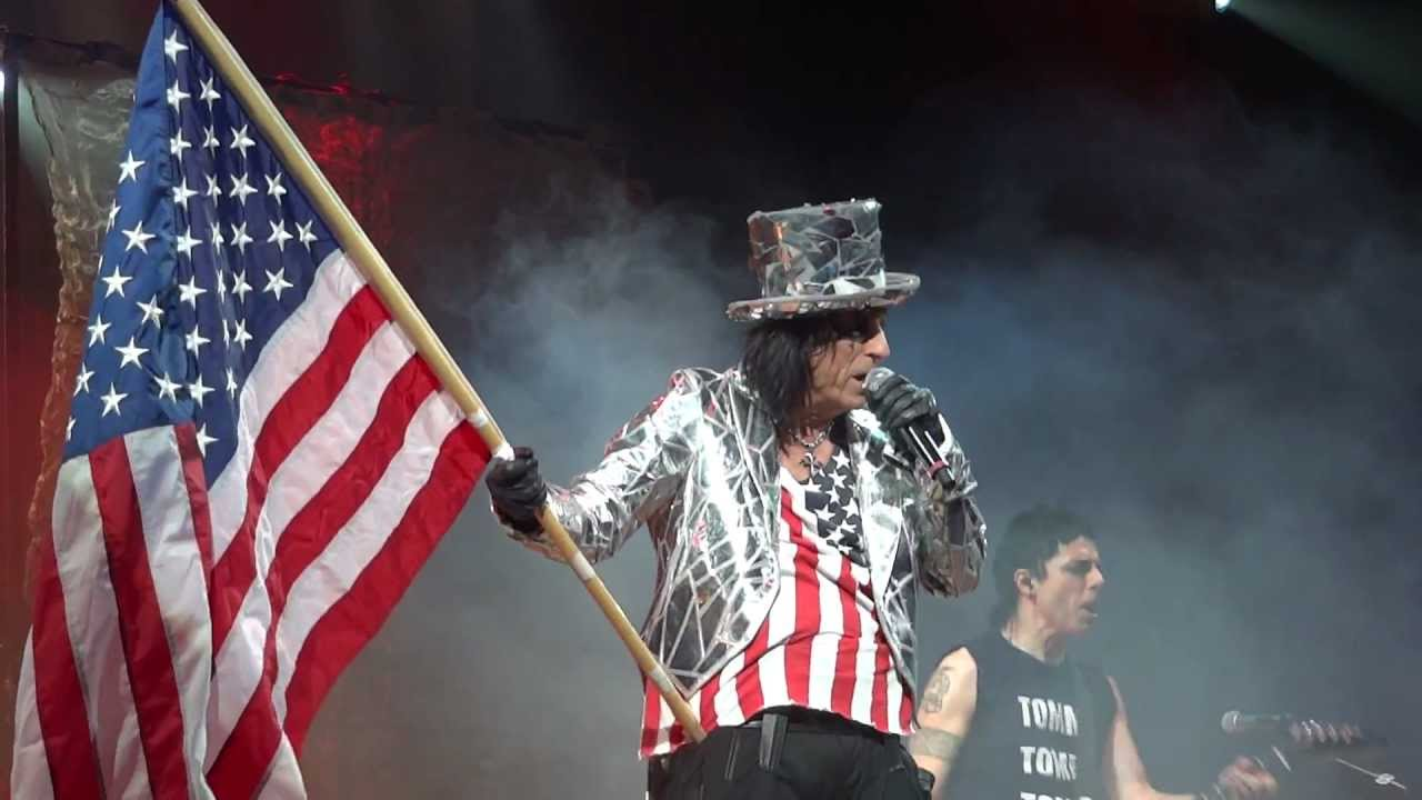 Alice Cooper waves the election banner