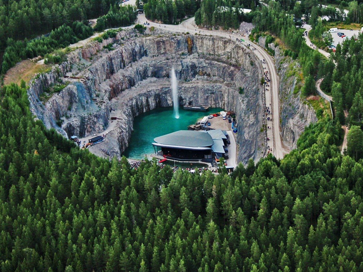 Round and down: the submerged Dalhalla amphitheatre in Rättvik, Sweden