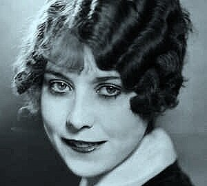 Follow the eyes … Annette Hanshaw