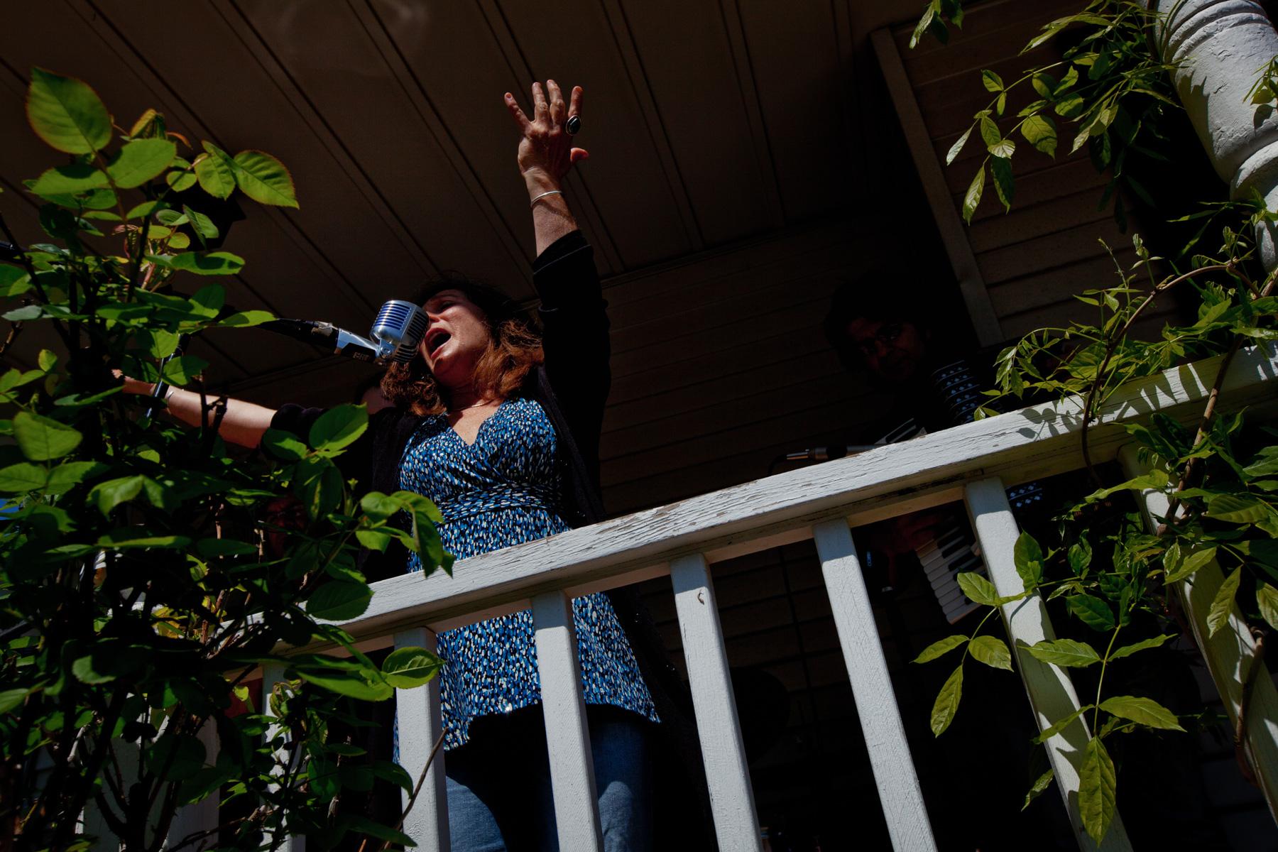 porchfest-singer-somerville-1.jpg