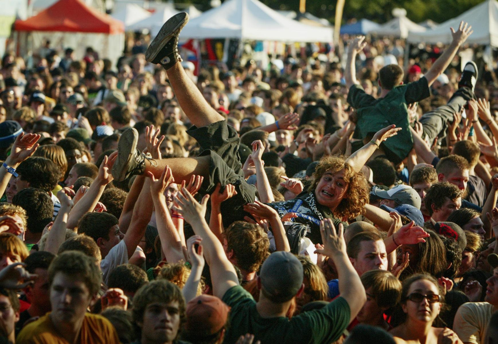 crowd-surfing-1.jpg