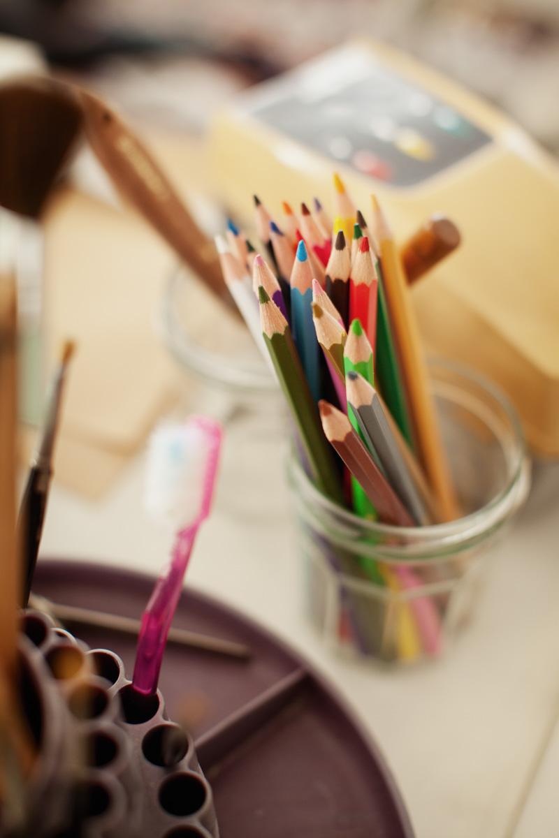 colored-pencils-artist-1.jpg