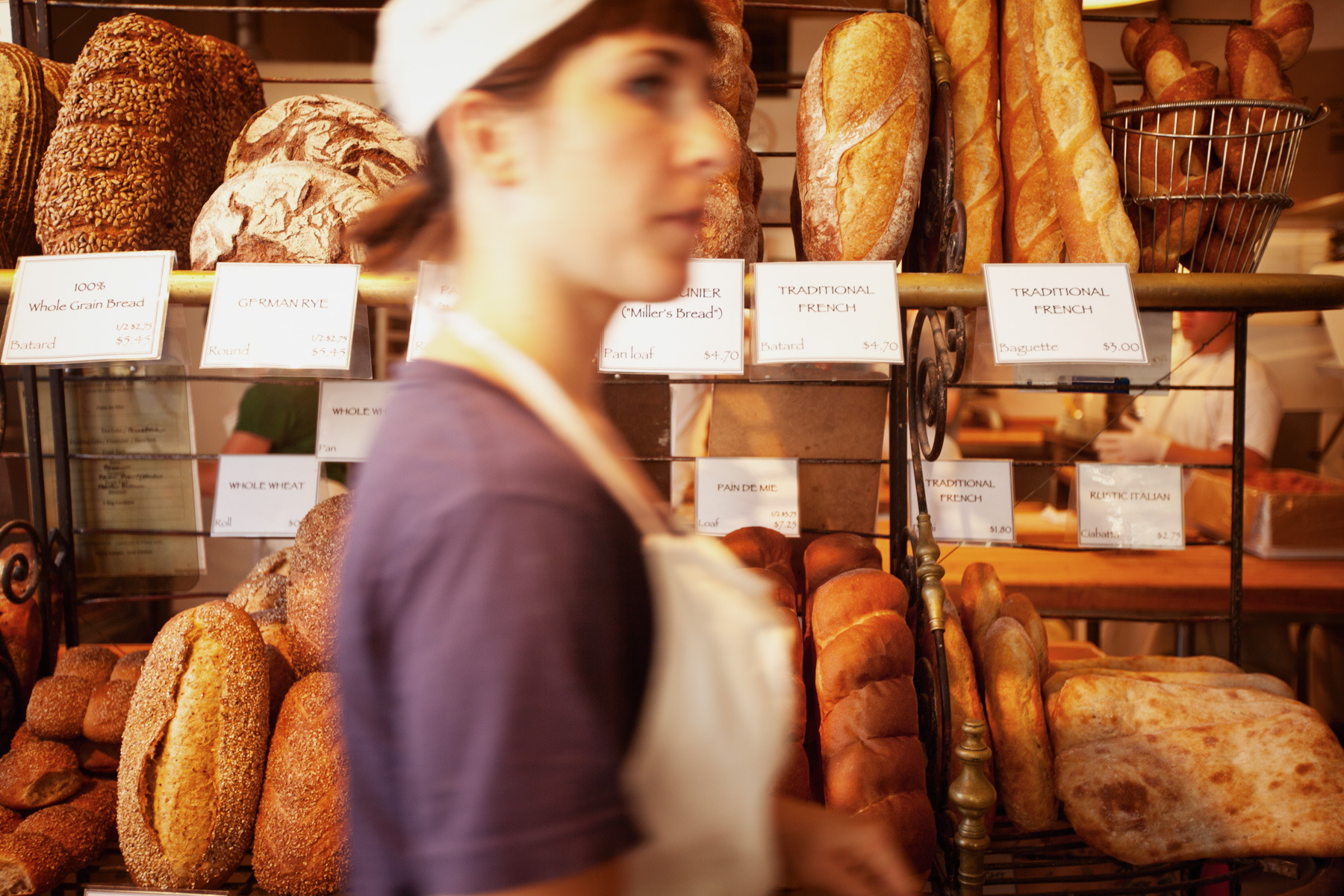 bakery-display-fresh-bread-1.jpg
