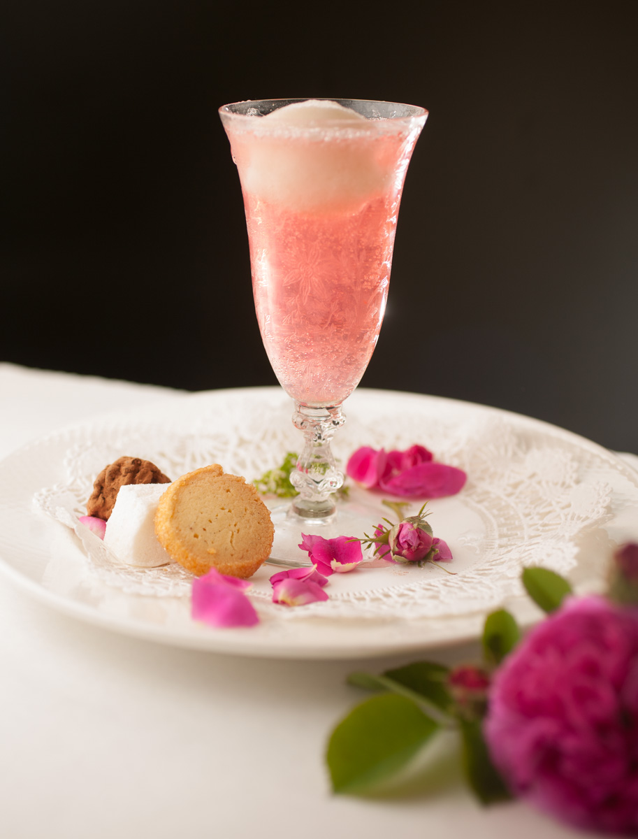 rose-champaign-drink-1.jpg
