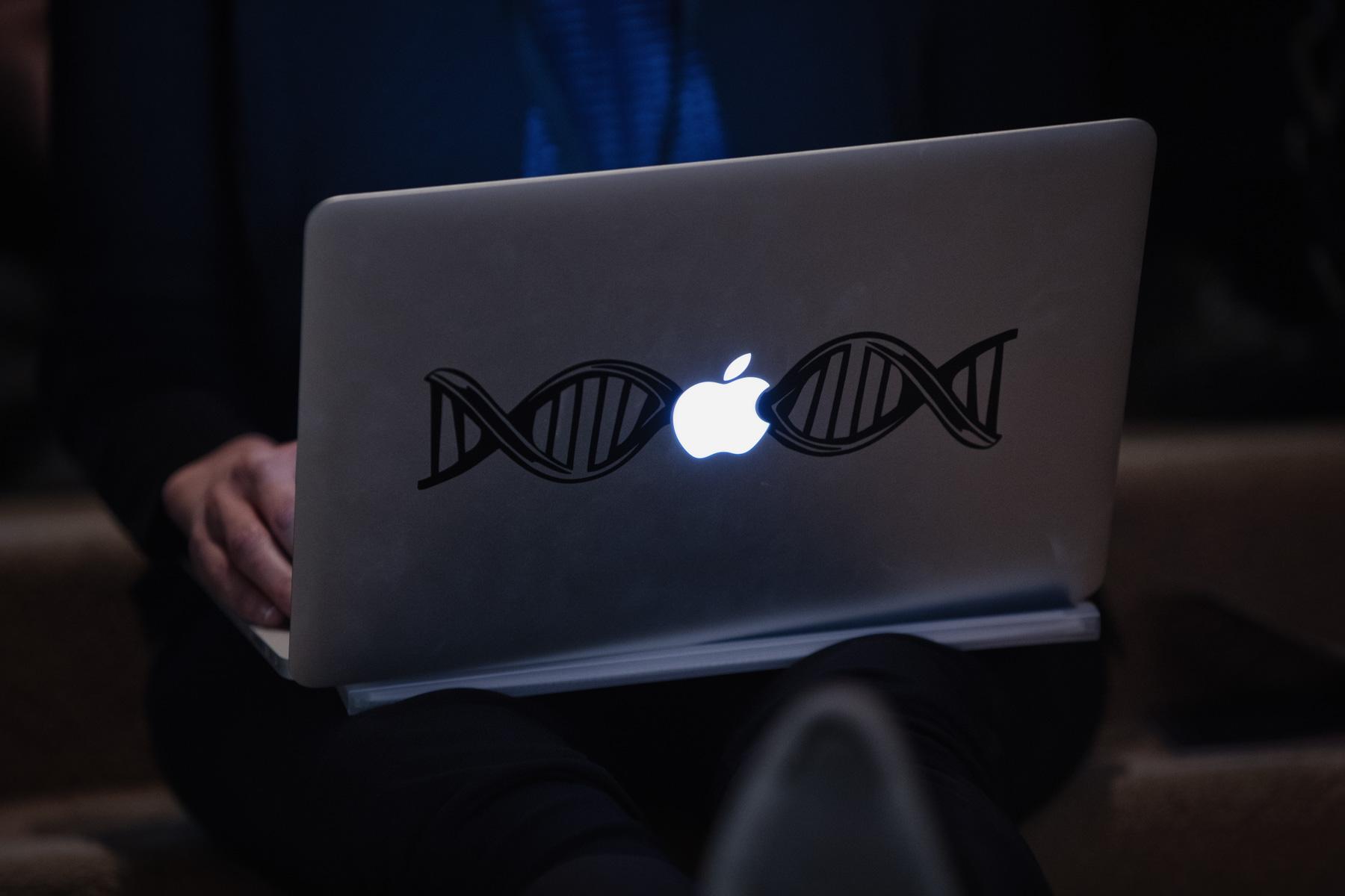 mac-dna-helix-1.jpg